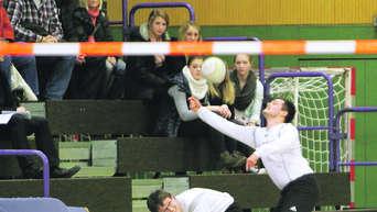 Otv Und Sws Heben Faustballschule Aus Der Taufe Lokalsport