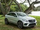 Das Mercedes-Benz GLE 450 AMG Coupé hat sein Filmdebüt in Jurassic World.