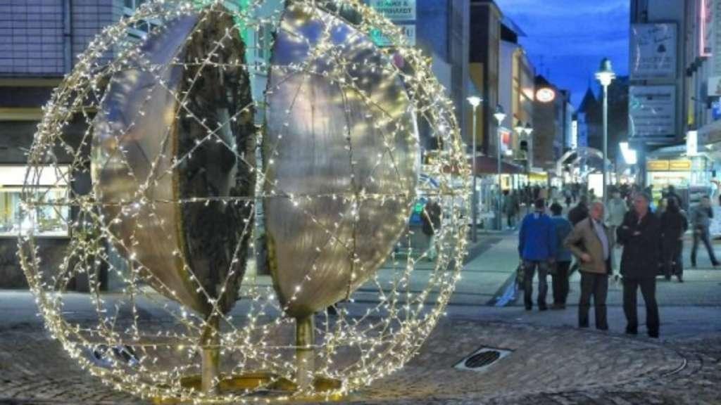 Weihnachtskugel erzürnt Künstler | Rhein Wupper