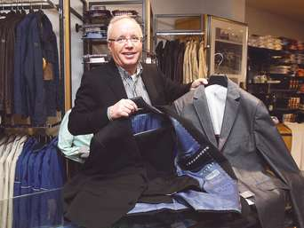 Das Abiball Outfit für Frauen und Männer aussuchen | just