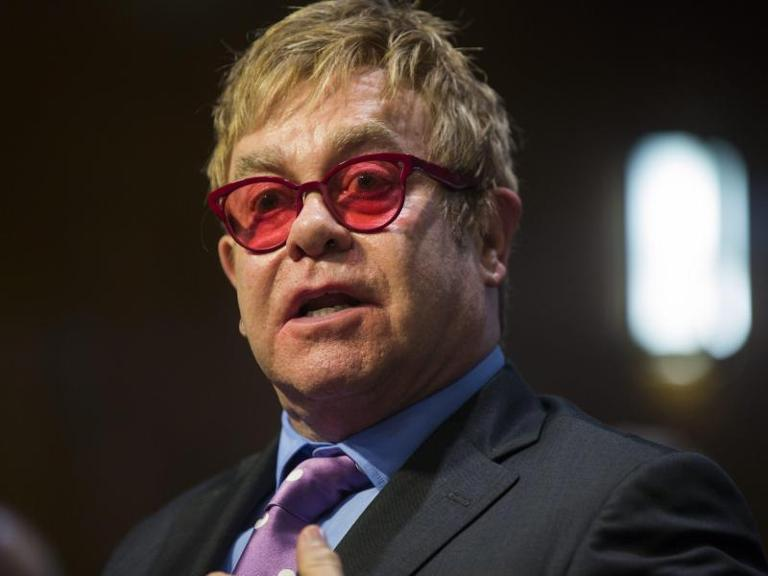 "Elton John spielt in ""Kingsman: The Golden Circle"" mit. Foto: Jim Lo Scalzo"