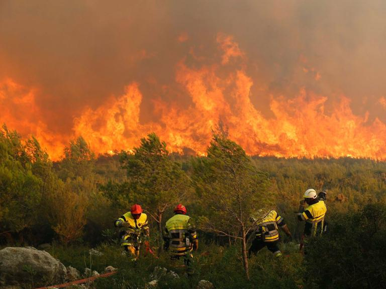 Fires near Cassis in France