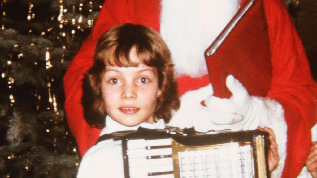 Aus dem Weihnachtszimmer klangen Akkordeon-Töne   Solingen