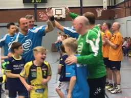 Handball Allstars spielten in Solingen
