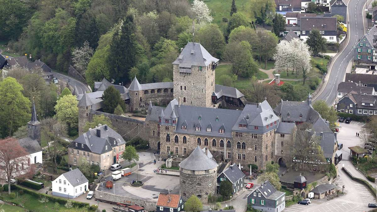 Bernachtungen in solinger hotels gehen zur ck solingen for Hotel in solingen